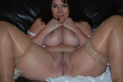 candaulisme avec cougar sexy et coquine 159
