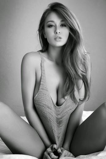 plan avec une cougar sexy facile 012