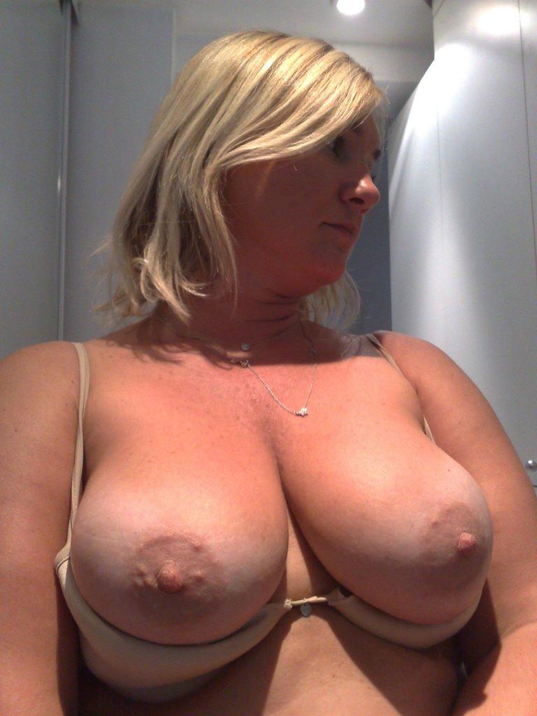 pour amateur de cougar sexy en photo 121
