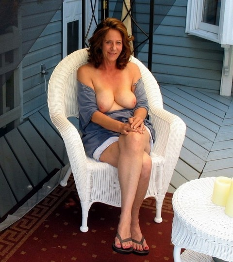 Femme mariée du 44 offre plan cul anniversaire