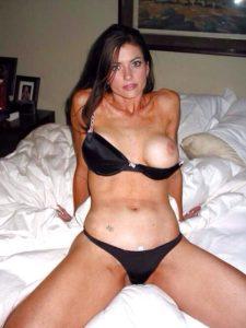 Rencontrez une épouse infidèle du 45