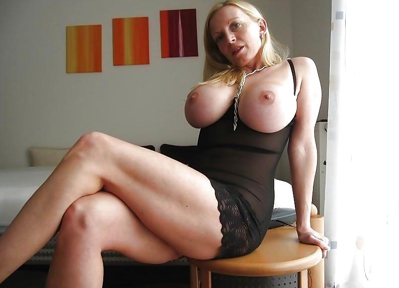 femme matures du 18 en photos sexes